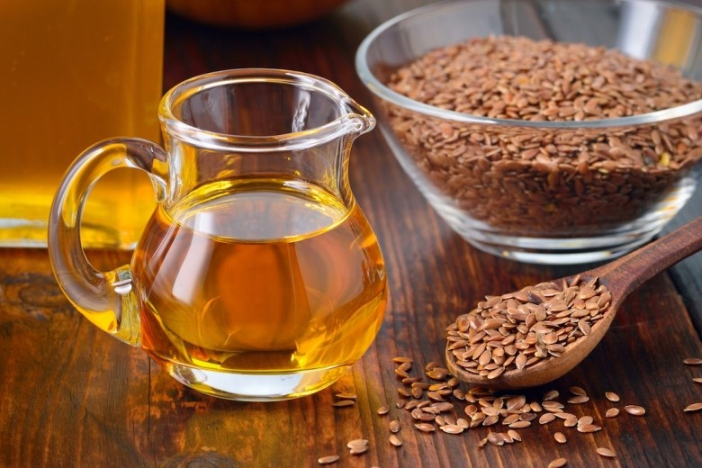 Flaxseed Oil Breaks Down Fats