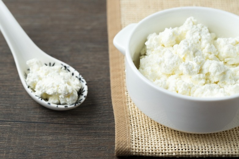 How to Eat Cottage Cheese and With What?